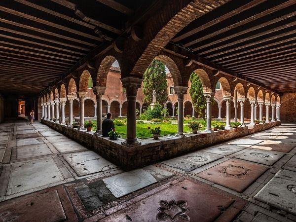 Convento dei Frati Francescani di S. Francesco del Deserto