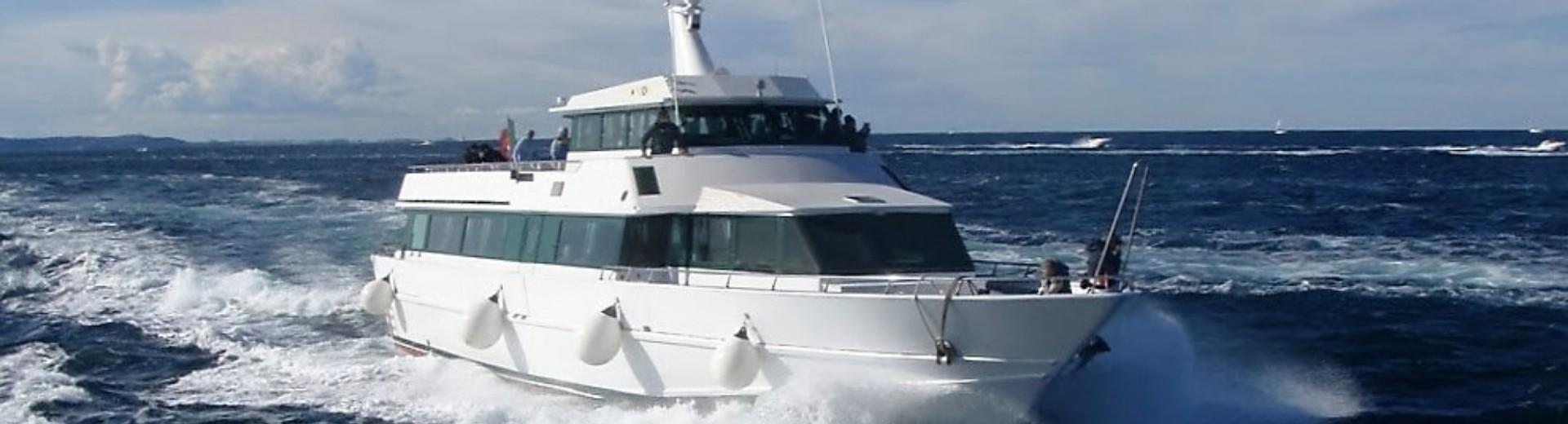 flotta-imbarcazioni-raffaello-navigazione